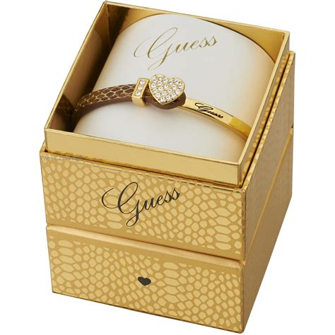guess boxset guess pvd gold plated color chic bracelet box set