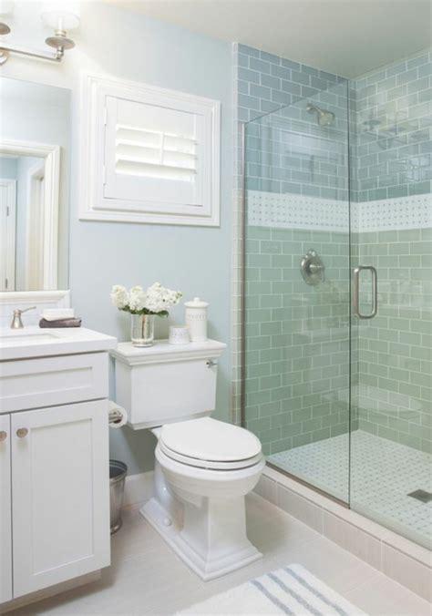 Badezimmer Fliesen Streichen Farbe by 50 Originelle Ideen Wie Sie Die Fliesen Streichen