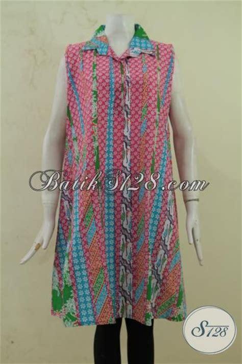 pakaian batik cantik warna pink tanpa lengan model baju