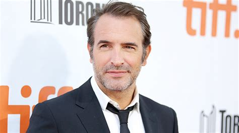 jean dujardin streaming jean dujardin in the french detective serie tv di luc besson
