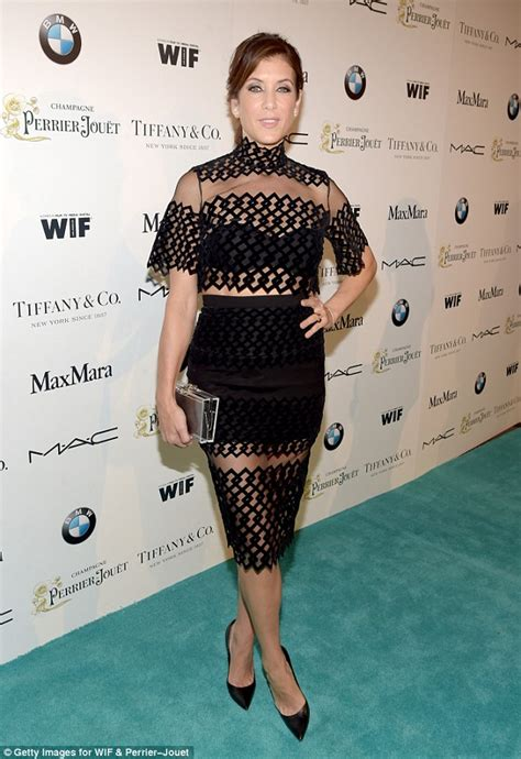 Elysium Carpet Kate Walsh by Rosamund Pike And Fanning At In Pre Oscar