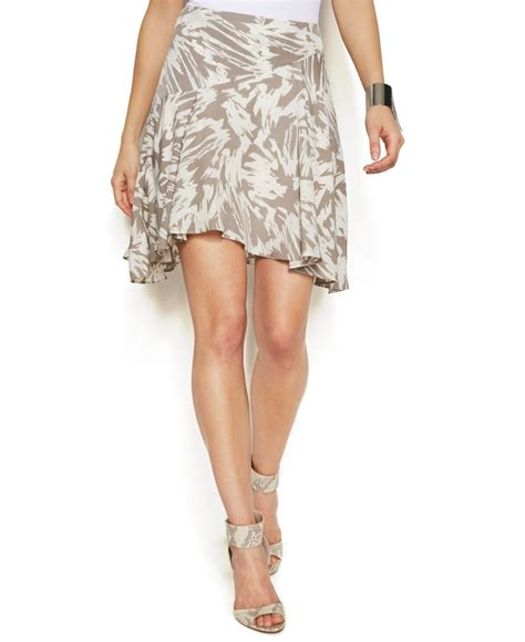 vince camuto printed high low flounce skirt in white
