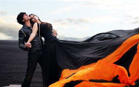full hd video gerua shah rukh kajol dilwale song gerua wallpapers hd