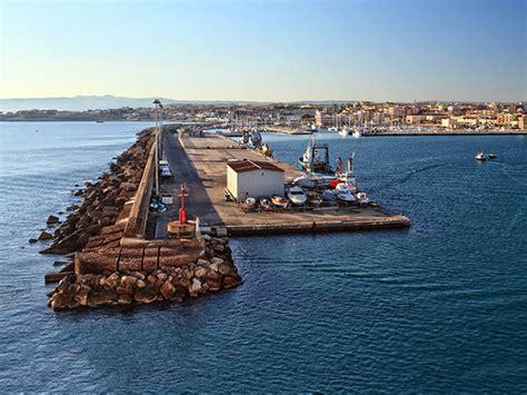 nave porto torres civitavecchia traghetti per la spagna civitavecchia barcellona port