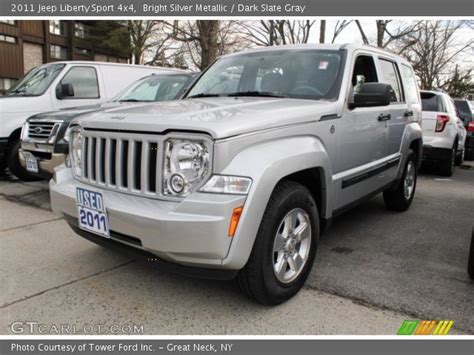 silver jeep liberty jeep liberty 2011 silver imgkid com the image kid