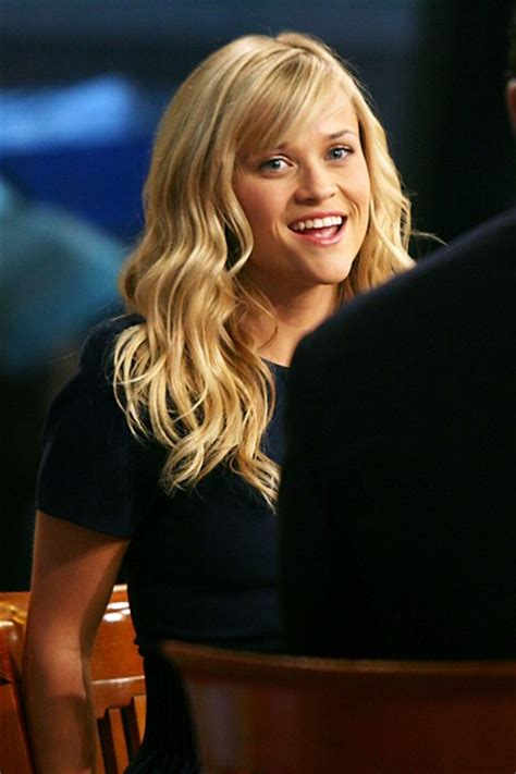 how to cut reese witherspoon bangs reese witherspoon long wavy cut with bangs reese