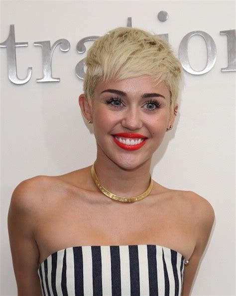 whats miley cyrus pixie cut called 1 cut 5 different looks miley cyrus s pixie styling