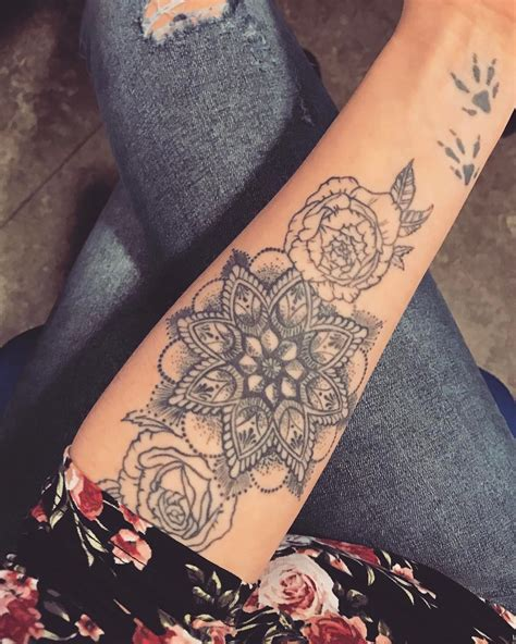 125 stunning arm tattoos for women meaningful feminine
