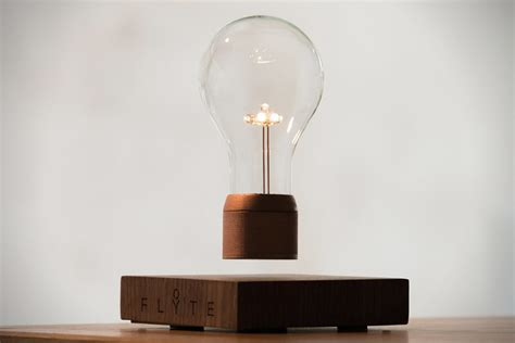 Levitating Bulb | flyte levitating light bulb hiconsumption