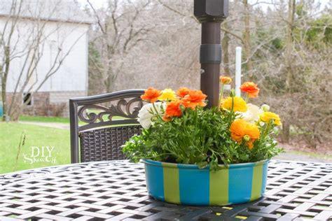 patio table umbrella planter patio umbrella table planter centerpiecediy