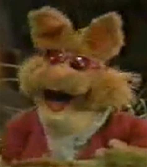 bean bunny voice  muppets  walt disney world show   voice actors