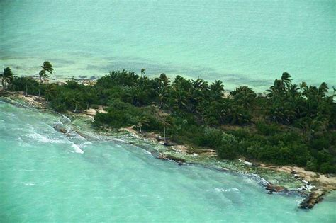 Luxury Estate Home Plans Leonardo Dicaprio Builds An Eco Resort Ambergris Caye
