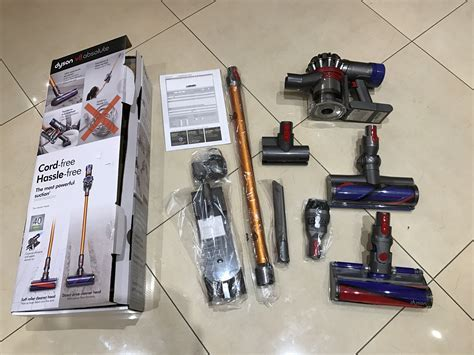 Dyson V8 Review. The Dyson V8 Absolute and Dyson V8 Animal