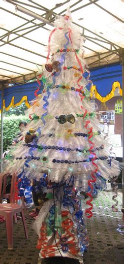 cara membuat pohon natal dari ranting bambu go green x mas pohon natal dari barang bekas oleh dwi
