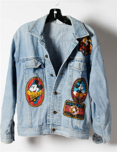 Jaket Mickey Blue mickey mouse blue patches embellishment denim jacket