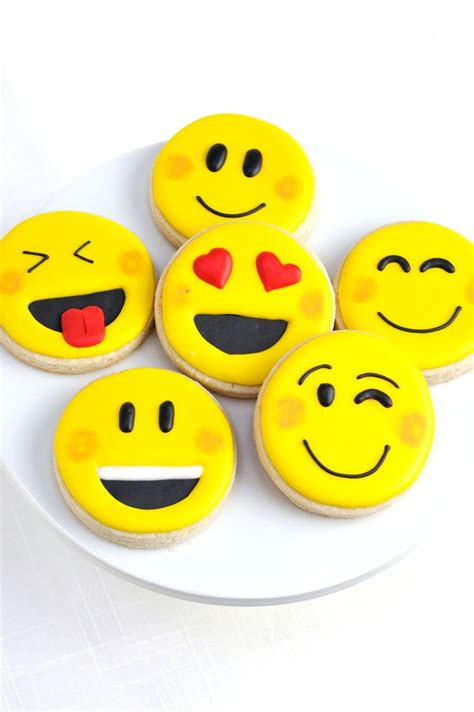 cookie emoji emoji party ideas cookies jpg 800 215 1 204 pixeles
