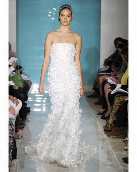 fiori per abiti da sposa abiti da sposa con fiori