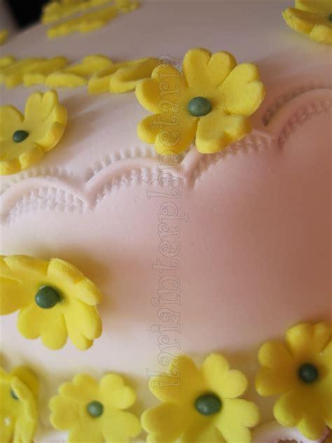 zucchero fiori di melo fiori in pasta di zucchero ilariainterplanetaria