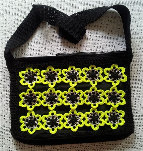 como elaborar bolsas con fichas bolsa ganchillo de hombro con anillas de lata bolso crochet
