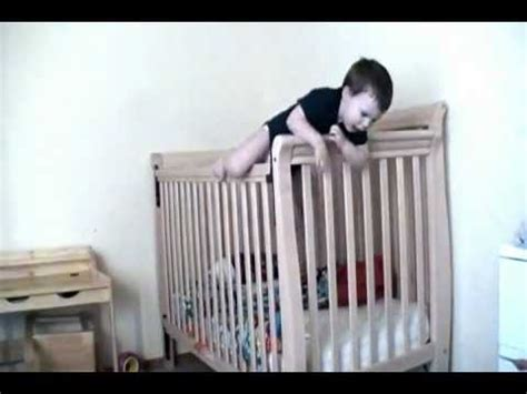 Baby Escapes Crib Viral Viral Videos Baby Escapes Crib
