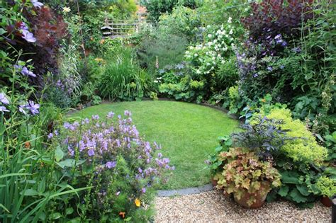 Ideas For A Small Garden Pas2palms Garden Talks