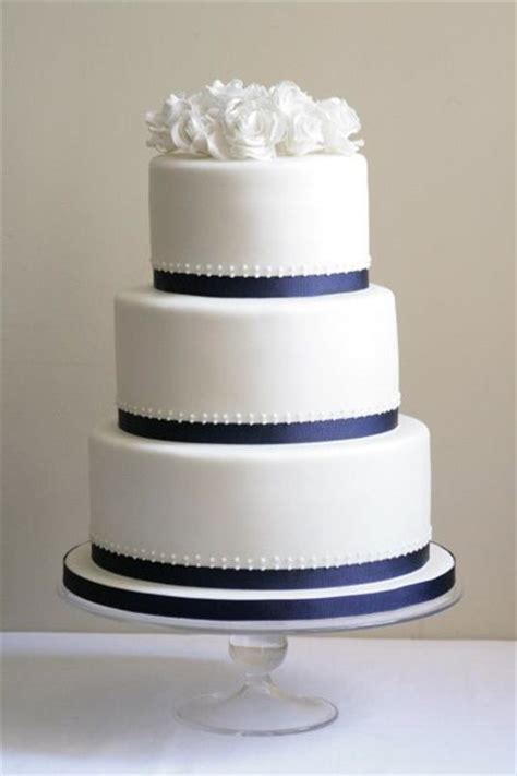 Robin 3 Tier Piped Wedding 25 Best Ideas About Navy Wedding Cakes On