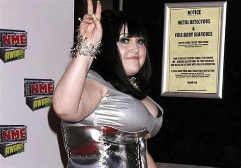 the gossip singer plus size style for the plus size gal rocker beth ditto