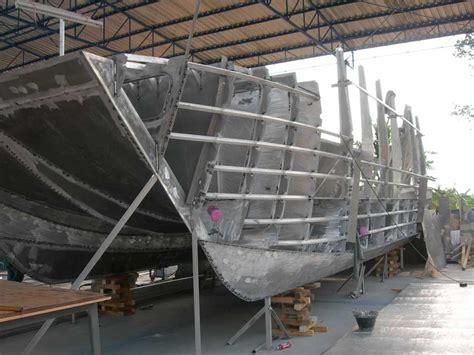 catamaran hull structure aluminum catamarans progress week 4 coastal boats