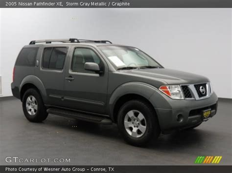 grey nissan pathfinder gray metallic 2005 nissan pathfinder xe graphite