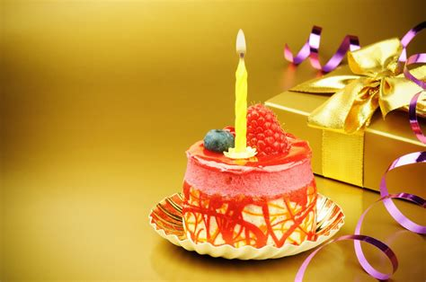 Cake Candle 5 beautiful birthday cake design ideas