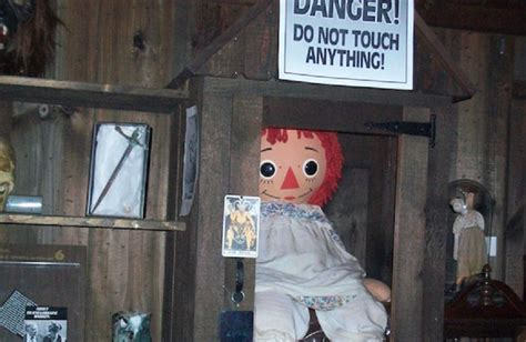 sedute spiritiche testimonianze la vera storia di annabelle la bambola portale della magia
