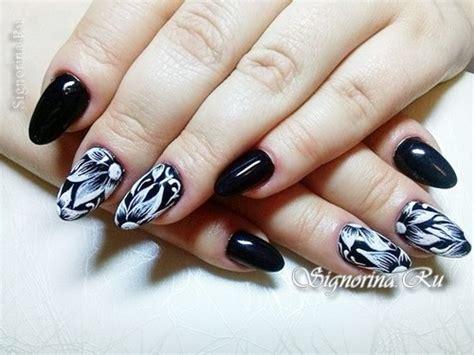 Dizain Nogtei by чёрно белый дизайн ногтей гель лаком с цветами в домашних