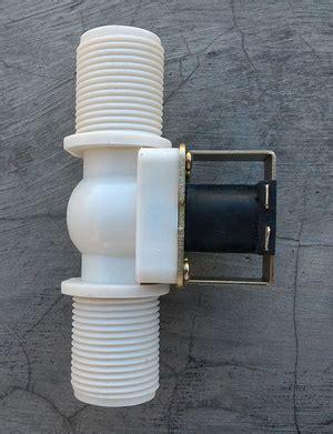 Solenoid Plastik 1 solenoid valve plastik dc12v 1 inchi jual arduino jual