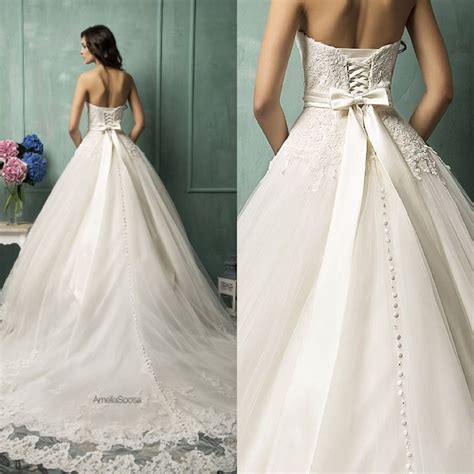 botones y encaje volume 1975612272 ameliasposa wedding dresses 2014 collection modwedding some day vestidos de