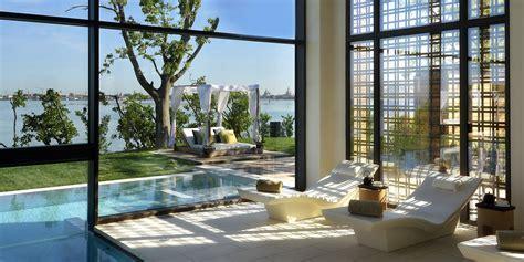 Travel   Leisure World?s Best Awards Recognized 16