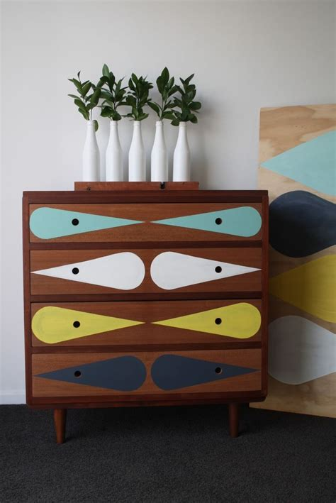 paint chest of drawers woodworking projects plans