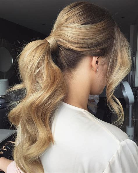 40 irresistible hairstyles for brides and bridesmaids of honor hair curly hair ponytail