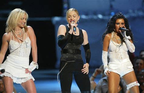 Dress Stelan Live mtv awards 30 moments that make it a can t