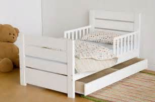 Toddler Bed Best Age Searching For A Cool Toddler Bed Four Walls And A Roof