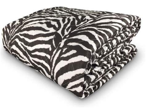 copriletto zebrato trapunta primaverile in cotone ed imbottito in poliestere