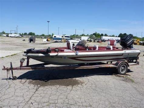 boat online 1989 astroglass 178v for sale online auction youtube