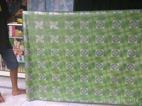 Karpet Plastik Per Gulung jual karpet lantai plastik uk 1 2mtr 2mtr mede