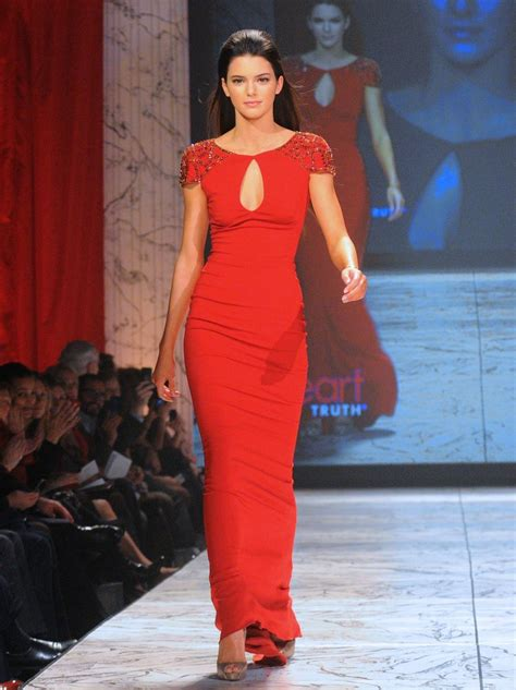kendall jenner fashion kendall jenner has mastered what fashion shows has kendall jenner walked in glamour