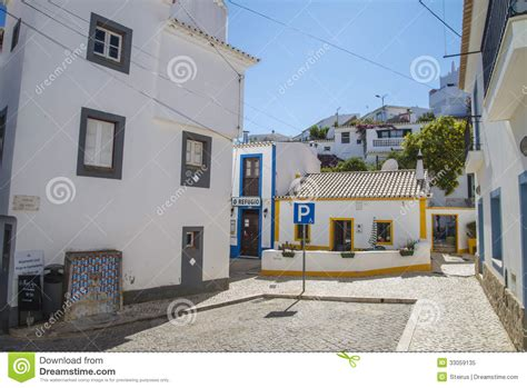 narrow streets  painted white houses  burgau
