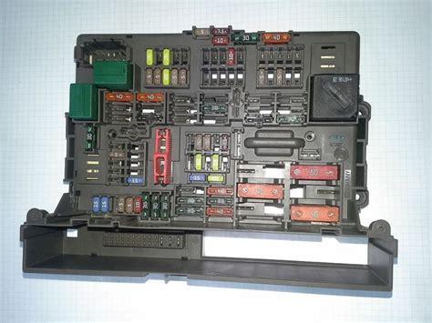 Bmw 1er E81 Sicherungsplan sicherungskasten bmw 1 e87 118d buchner webshop