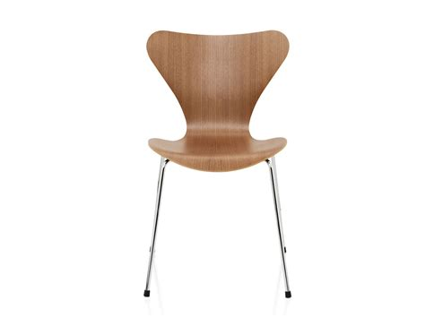 buy the fritz hansen series 7 chair at nest co uk