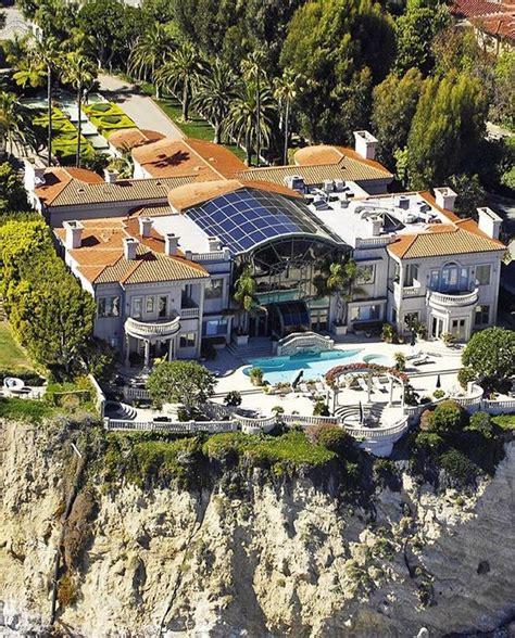 mansions in malibu 62 000 000 cliffside oceanfront mega mansion in malibu