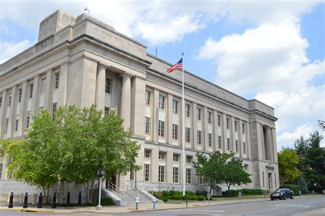 Kentucky Federal Court Search File Federal Courthouse And Post Office In Jpg Wikimedia Commons