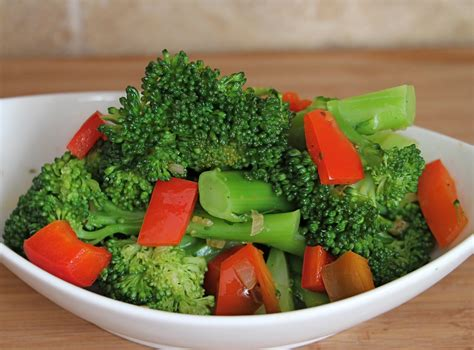 vegetables dishes sauteed broccoli and bell pepper recipe jeanette s