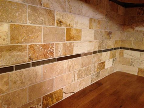 Travertine Tile Kitchen Backsplash Travertine Tile Backsplash 2 Cabinet